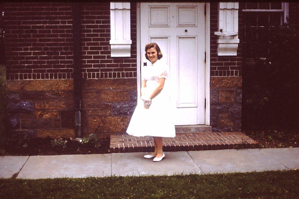 Histoire de la mode: années 50: presque la moitié des jambes nues
