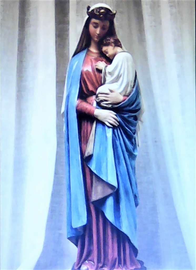 La Vierge Marie toute pure et humble