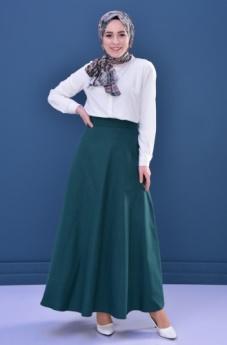 Belle jupe avec un tombé ample et élégant