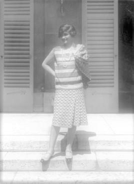 Coco Chanel dans les années 20: une des couturières qui a fait disparaître la décence d'antan