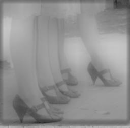Illustration de l'article: demi jambes des femmes visibles pour la première fois