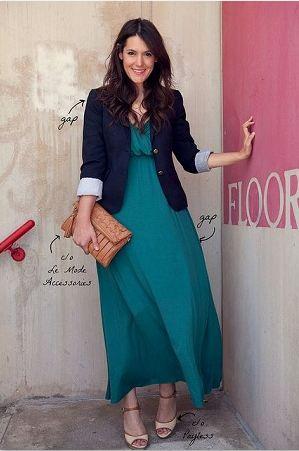 Belle robe longue. Qui a dit que vêtements modestes=laideur?