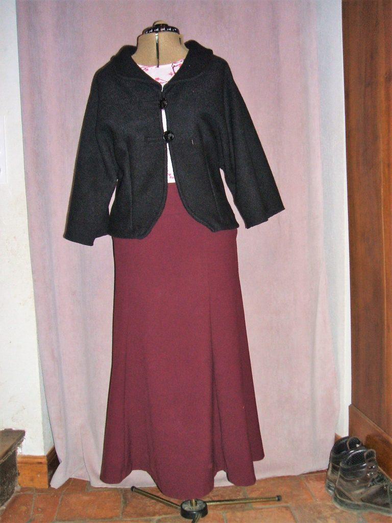 Modestie chrétienne intégrale: jupe longue bordeaux